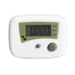 Vente chaude Étanche Numérique Rétro-Éclairage Horloge Chronomètre LCD Exécuter Étape Podomètre À Distance Distance Compteur de Calorie Passometer Blanc en Solde