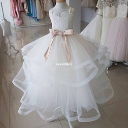 Barato Aniversário Imagens Flores-Imagem real 2017 Spagheeti Straps Flower Girls Dresses Appliques com Sashes Tiered Skirts Kid Girls Birthday Party Gown Custom Made