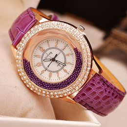 $enCountryForm.capitalKeyWord Canada - New Sand Bottle Crystal Rhinestone Watches Women Gogoey Brand Luxury Leather Watches Ladies Popular Casual Fashion Gold Watch