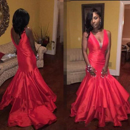 $enCountryForm.capitalKeyWord Australia - Sexy Deep V Neck Red Satin Prom Dresses 2018 Mermaid African Long Evening Gowns Tiered Black Girls Plus Size Party Wear
