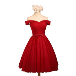 China Cheap Plus Size Red Tulle Boat Neck A Line Short Prom Dresses 2017 Elegant Off The Shoulder Princess Fashion Party Dress Bridesmaid Dresses supplier cheap bridesmaids jackets suppliers