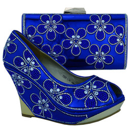 $enCountryForm.capitalKeyWord Canada - Top sale ladies pumps with nice rhinestome flower decoration african shoes and handbag set high heel 10.5 CM shoes 1308-L74 royal blue