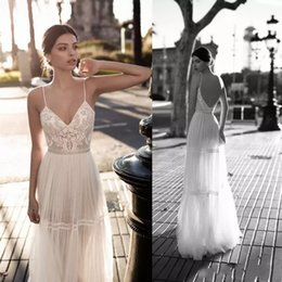 V Robes D'été En Dentelle Pas Cher-Gali Karten 2018 Sexy Sheer Robes de mariée Lace V Neck Robes de mariée Bohemian A Line Backless Sexy Summer Beach Wedding Dress