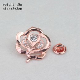 Barato Beleza Besta Chegada-2 cores New Arrival Movie Jewelry Beauty e The Beast Rose Brooch Moda Crystal Jewelry Charm Women Brooch Frete Grátis