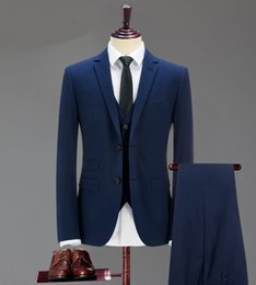 Les Affaires De Gros Font L'affaire Des Hommes Pas Cher-Wholesale- Hommes Classic Blue Wedding Groom costume Hommes sur mesure Slim Fit Business 3 pièces (veste + pantalon + veste) encoche en reversure