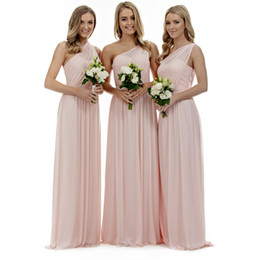 Wholesale Blush Pink One Shoulder Bridesmaid Dresses A Line Chiffon Pleats Floor Length Bridesmaids Gowns for Summer Country Weddings