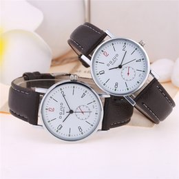 Wrist Watch For Couples Canada - UNISEX Fashion student quartz watch gift Couples leather watches Men women casual watches Simple dress Wrist watches for mens