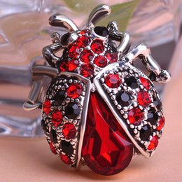 Hijab bouquets online shopping - Anti Silver Plated Red Rhinestone Insect Brooch Broches Hijab Scarf Pins Up Brooch Bouquet Esmalte De Unhas Bijoux For Women
