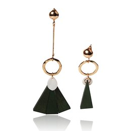 China Hot fashion explosion fashion retro asymmetric variety of fashion elements earrings triangular personality generous temperament earrings jew suppliers