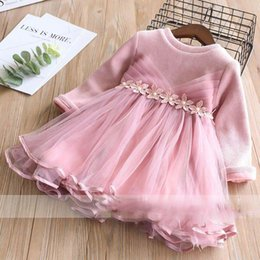 Barato Vestido Cor Perl Rosa-Everweekend Girls Bow Pearls Flor Tulle Ruffles Vestido Princesa Red and Pink Color Fleece Lining Autumn Party Clothing