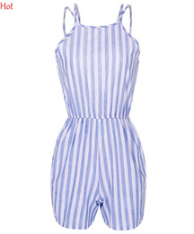 Barato Senhoras Macacão Para Praia-Roupa sem mangas Ladies Summer Beach Rompers Mulheres Jumpsuit Sexy Stripes verticais Backless Strap Elastic Waist Short Jumpsuits SV019376