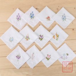 Flower handkerchieF online shopping - Cotton Embroidery Handkerchief Napkin Embroid Butterfly Flower White Lace Kerchief Lady Vintage Gift Square Pocket Towel Portable fb F
