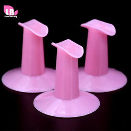 finger nail painting tools 2019 - Wholesale- 2pcs Finger Stand Rest Holders Nail Art Painting Hard Plastic Support Tool Display Cushion Tools Random Color