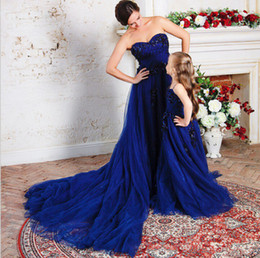 $enCountryForm.capitalKeyWord Canada - new Royal Blue Long Train Wedding Dress Beading Tulle Long 2017 Real Picture Flower Girls' Dresses