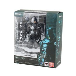 Dc Cómicos Batman Baratos-<b>DC COMICS BATMAN</b> INJUSTICE VER. SHF BATMAN EN JUSTICIA ESTATUA 6.29