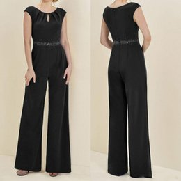 Plus De Taille Pantalon Sans Pantalon Pas Cher-Plus Size Black Mother Of The Bride Pant Chaussettes Square Neck Sequins Sash sans manches Mother Of The Bride Gowns