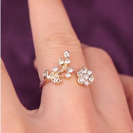 Cluster Rings For Womens Canada - Jewelry Flower Rings For Womens silver  Gold Tone Alloy Infinity Twisted Leaf & Flower Rhinestone Cluster Rings