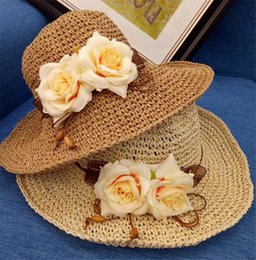 $enCountryForm.capitalKeyWord Australia - 2017 New Summer Wide Brim Beach Women Sun Straw Hat Elegant Cap For Women UV protection Flower straw hats girls hot