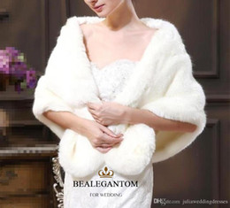 floor length fur coats 2019 - 2018 White Bridal Wraps Shawls Jackets Winter Fur Women Jacket Floor Length Cloaks Party Wedding Coat QC238 discount flo