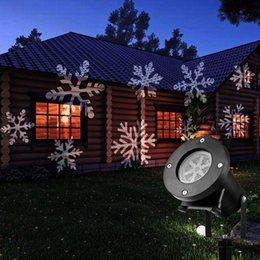 Christmas Projection Lights, Waterproof Flying Snowflake LED Projector Spot  Light For Holiday Club Xmas Party Indoor Outdoor Decorations