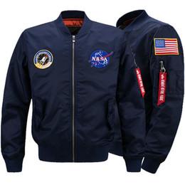 Großhandel Military Style Jacken Für Männer Bomber Nasa Jacke Windschutz Herbst Winter Mäntel Warme Outwear Baumwolle Gepolsterte Mantel Große Größe