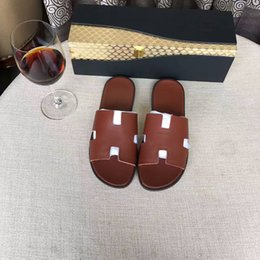 $enCountryForm.capitalKeyWord NZ - Summer hot selling Classic men casual slippers with top quality and Brands designer genuine leather Moccasins and comfortable leisure Scuffs