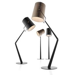 Venta al por mayor de Diesel x Foscarini Fork Lámpara de pie / lámpara de mesa Moderno piso luz Foscarini Lámpara de pie Sala de estar Sala de estudio Estudio de oficina Lámpara