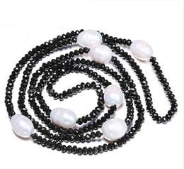 JLN Pull chaîne 11-12mm perle d'eau douce de riz naturel 4 mm Cristal Blanc Noir Bijoux 90cm long collier de perles en Solde