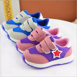 $enCountryForm.capitalKeyWord Canada - China wholesalers 2018 spring star patchwork girl boy kids sneaker shoes sports running mesh rubber sole breathable hook loop blue purple