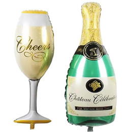 China Large Champagne Cup Beer Bottle Balloons Aluminium Foil Helium Wedding Party Practical Ballons Party Birthday Wedding Hen Christmas Decor cheap gold black decoration suppliers
