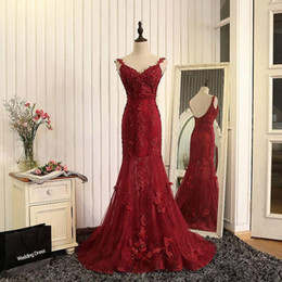 Discount prom dresses cover back shoulders - Real Burgundy Lace Appliques Beaded Tulle Prom Dresses Mermaid Sexy Backless Off Shoulders Evening Gowns Custom Made