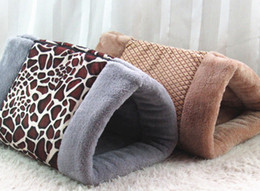 Mats Canada - Kitty Cat Shack 2 in 1 Tunnel Bed Mat Cat Mat Keep Warm And Snuggly Cat Puppy Sleeping Bag for Autumn and Winter