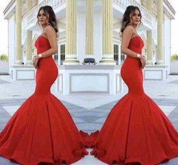 Barato Strapless Barato Vestidos De Baile-Sexy Strapless Red Mermaid Evening Dresses 2017 Novo Custom Made Cheap Sleeveless Floor Length Vestidos Evening Wear Satin Prom Party Vestidos