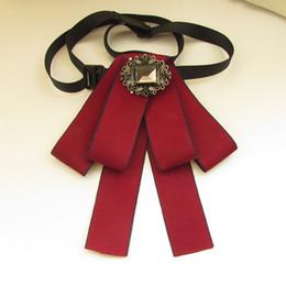 $enCountryForm.capitalKeyWord NZ - New Dress Man women Collar Bow Tie Vintage Brooches Long Ribbon Tassel Woman Big Bowknot Wedding Shirts Accessories Fashion Jewelry