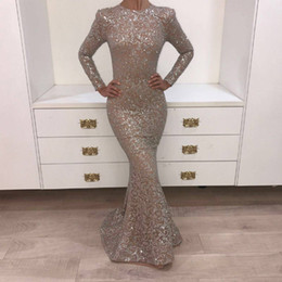 Barato Vestidos De Fita-Real Pictures 2018 Crystal Evening Gowns Dark Champagne O-neck Prom Dresses manga comprida brilhante Sliver Yousef Aljasmi Mermaid Party Dresses
