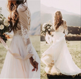 Barato Vestidos Nupciais Da Luva Do Laço-Bohemian Country Wedding Dresses With Sheer Manga comprida Bateau Neck A Line Lace Applique Chiffon Boho Bridal Gowns Cheap