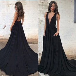 Barato Vestidos Deep Open Neck-2017 Black Deep V-Neck Evening Dresses Sexy Open Back com Pocket Evening Party Vestidos Prom Dresses Personalizar
