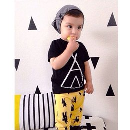 Toddler Boys Short Trousers Canada - Baby Newborn Cotton Short Sleeve Clothing Sets Infant Toddler Black Shirts Pants Suits Girl Boy T-shirts Trousers Children Kids Clothes Tops