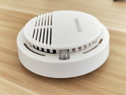 Discount ss power SS-168 5PCS lot Smoke Alarm Beeping Fire Alarm Warning Sensor Battery Powered Smoke Detector For home Cooking AT