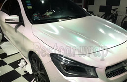 Discount gloss white car - 2017 Luxury Aurora Pearl Gloss Vinyl Car wrapping Film with Bubble Free For Flip Flop Shift Union covering Size: 1.52*20