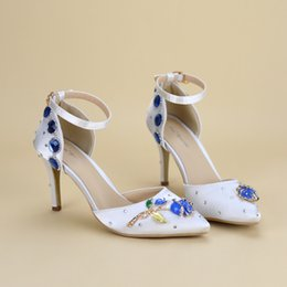 Fine Princess Shoes Canada - Fine High Heels Sandals Lace Pearl Princess Dress Shoes Banquet Shoes Wedding Wedding Bride Shoes Large Size