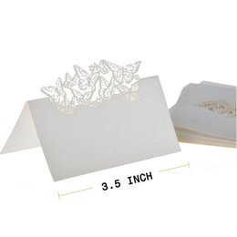 Chinese  Wholesale-50 Butterflies Laser Cut Name Place Wedding Guest Table Wedding Party Invitation Romantic Cards Decor Favors Wedding Supplies manufacturers
