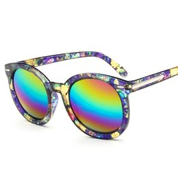 4a712c5ff2 Wholesale-Oversized Sunglasses Women 2016 Arrow Fashion Gradient Sun glasses  For Women Driving UV Shades Casal Oculos De Sol Female
