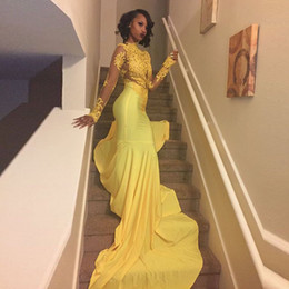 Robes De Bal Noir Pas Cher-Sexy African Black Girls Yellow Mermaid Robes de bal 2017 Court Train Appliques Lace Long Sleeve Prom Dress Evening Party Gowns