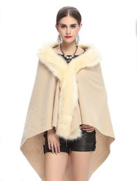 Barato Casacos De Dama De Honra Xales-2017 New Style Faux Fur Jacket Wrap Shrug Bolero Coat Wrap Long Shawl Cabo Bridal Wedding Shawl Bridesmaid Wrap Acessórios de casamento
