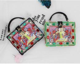 $enCountryForm.capitalKeyWord Canada - Women Fashion Characters printed lock Bag oil painting diamond-studded box handbags women's Clutch Evening Bag ladies shoulder bags Tote