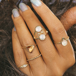 geometric triangle ring 2019 - Vintage Ethnic Bohemian BOHO Ring Hollow Geometric Triangle Champagne Gems Punk Joint Ring Women Finger Jewelry cheap ge