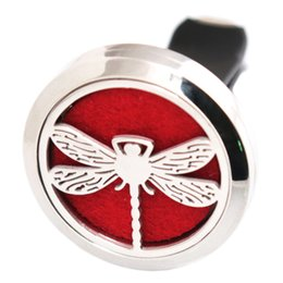 Chinese  Fashion Dragonfly 30mm Aromatherapy Essential Oil surgical Stainless Steel Pendant Perfume Diffuser Car Lockets Include 50pcs Felt Pads manufacturers