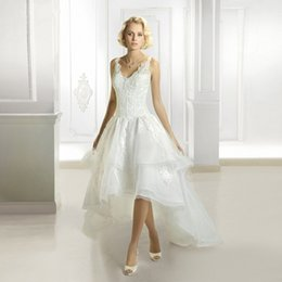 $enCountryForm.capitalKeyWord Canada - Romantic A Line V Neck Lace Bodice Backless Bridal Dress High Low Skirt Organza Wedding Gowns Short at Frotn Long Back