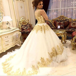 $enCountryForm.capitalKeyWord Canada - High Neck White Tulle Wedding Dresses Golden Applique Sleeveless Chapel Train Princess Bridal Dress Charming Middle-East Style Wedding Gowns